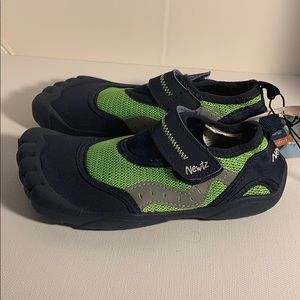 Newtz Shoes - NWT Kids Newtz Water Shoes Size 11-12